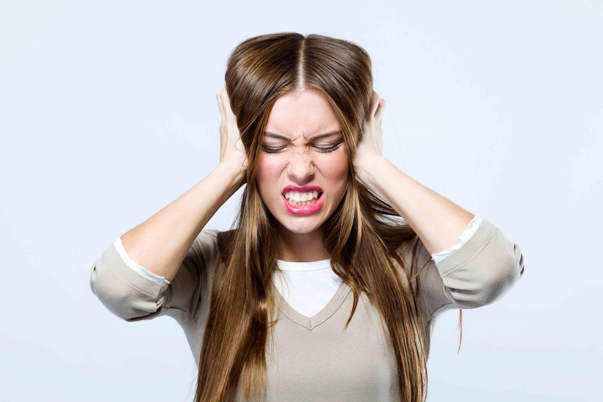 Zumbido no ouvindo atinge cerca de 20% dos brasileiros