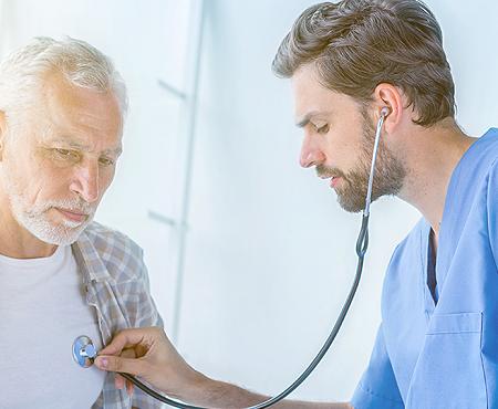 Como distinguir dores no peito de infarto?