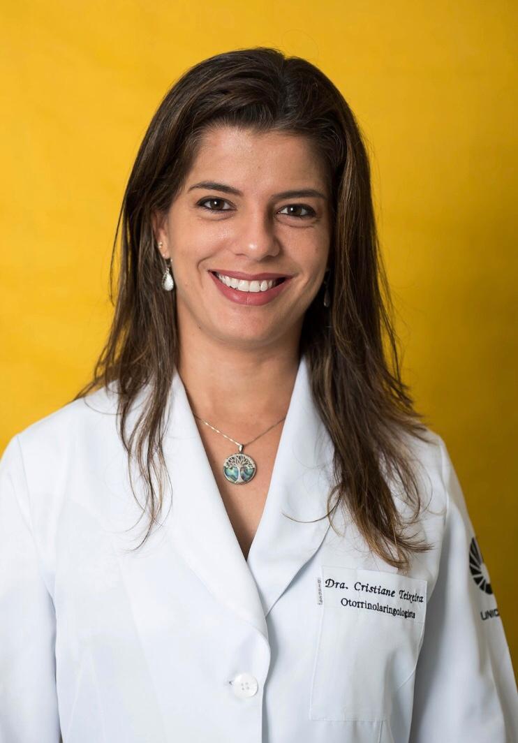 Dra. Cristiane Teixeira