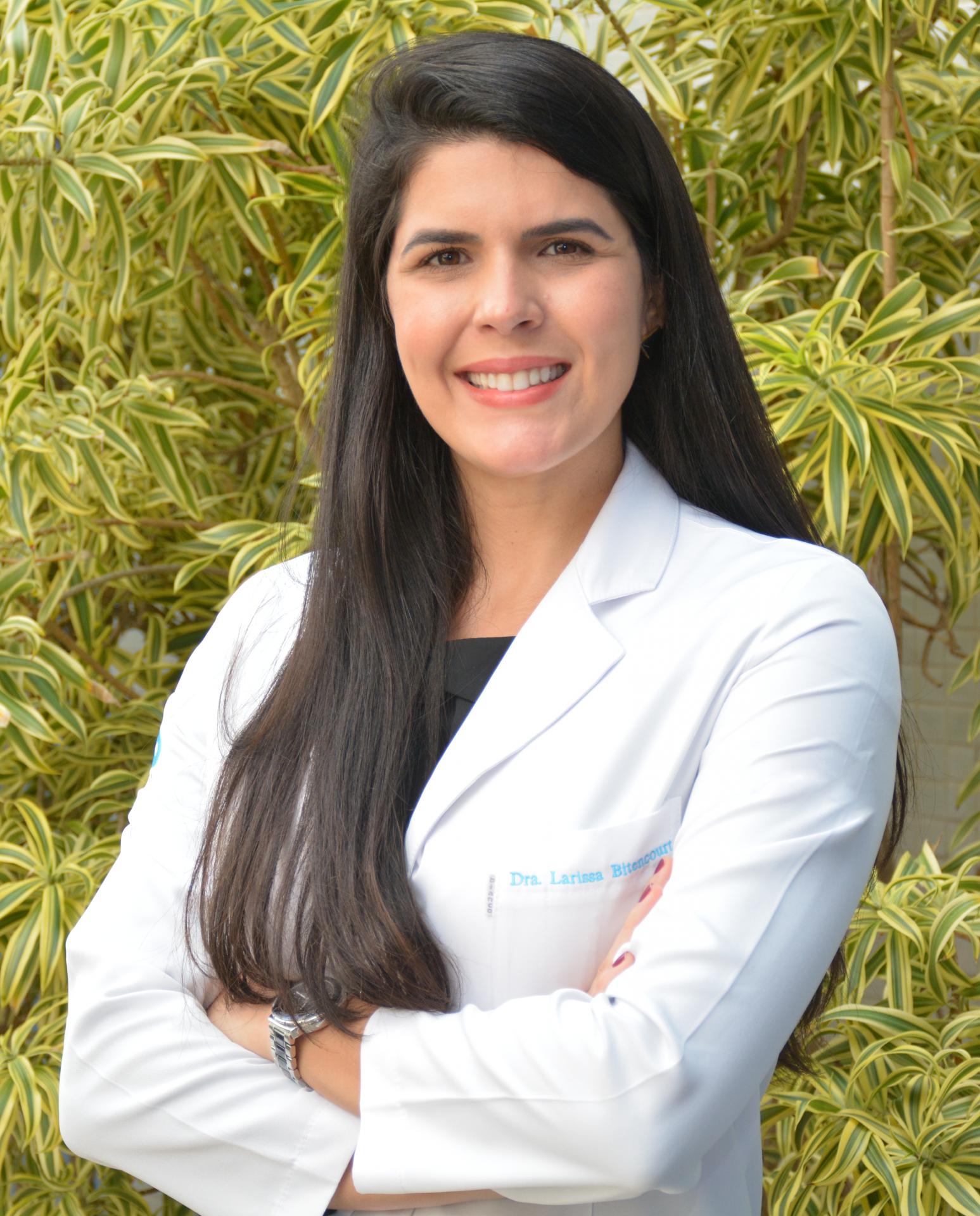 Dra. Larissa Bittencourt
