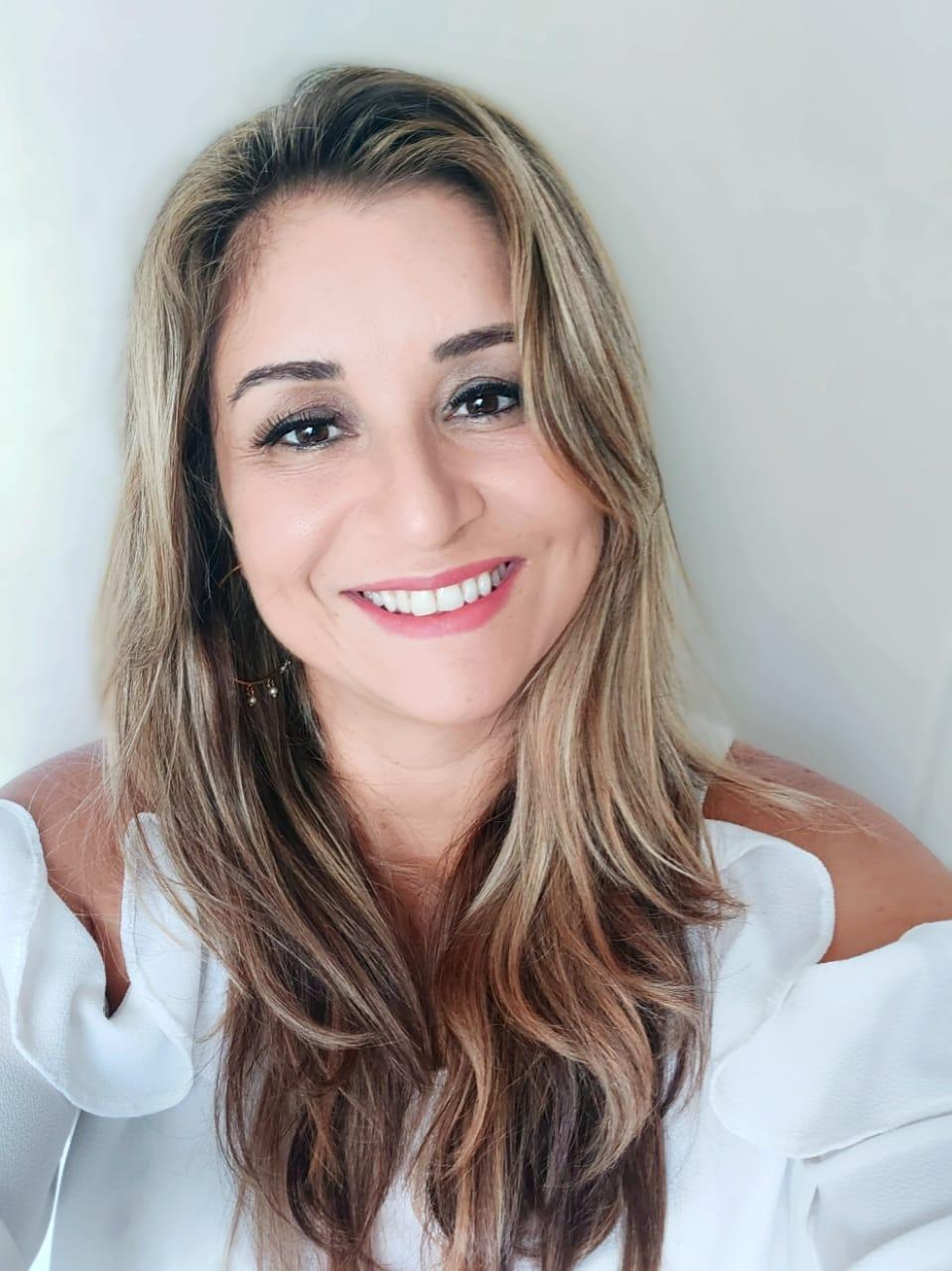 Sheyna Vasconcellos